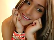 Extra Cute skinny girl shows her body on cam
