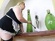 Busty Blonde BBW Nikky Wilder Takes It Deep in Her Ass