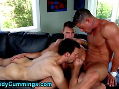 Cody Cummings gets sucked off in a nasty threesome