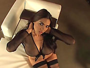 Luscious Tera Patrick Shows Her Pointer Sisters In Hawt Solo Clip