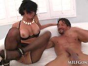 MILFGonzo Veronica Avluv fucks Tommy Gunn in her lingerie