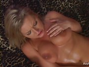 Busty MILF Avy Scott invites him over to fuck