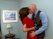 MILF Veronica Avluv seduces a big dicked man
