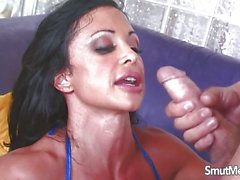 Busty Jewels Jade loves to fuck