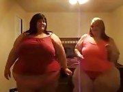 2 sexy ssbbw chicks dancin