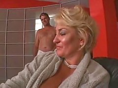 Chubby mature taking boner in the hot pussy