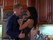 Busty seductress Alektra Blue turns guy on