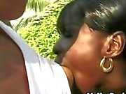 Chocolate Star is outdoors sixtynining her girlfriend