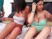two juicy curvy girls suck