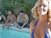 Nicole Aniston has perfect ass