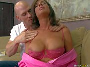 Big racked lonely MILF Veronica Avluv gets it on