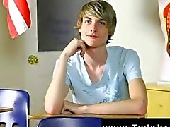 Very cute twink loves to show off and chat