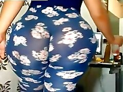 Massive Ass in Leggings Free BBW Porn