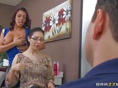 Monster cumload shoots over sexy hairdresser Rachel Starr