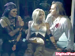 Jesse Jane close up in a ffm threeway
