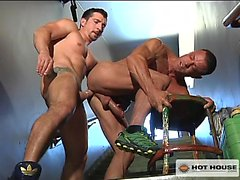 Jimmy Durano fucks Tyler Saint in this super hot live scene