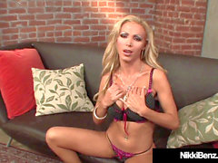 Finger boning Nikki Benz & Jazy Berlin Make Each Other jizz!